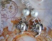 teapot earrings, teapot charm, Alice in Wonderland, tea