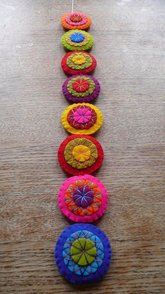 Colorful felt garland (L)