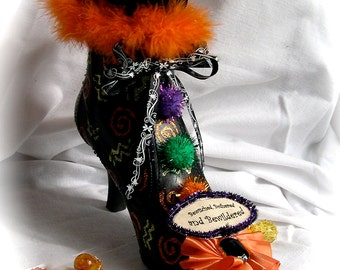Halloween Witch's Shoe Centerpiece Decoration OOAK Bewitched