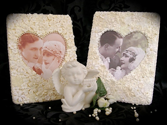 Romantic Floral Heart Frame with Beads and Pearls in Ivory and White