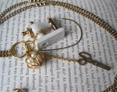 The Sewing Machine and Such - Glass - Gold - Pearl - Necklace - Lovely - Romatic - Fan - Cute - OOAC