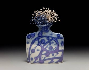 Small porcelain slab flower vase = item #01-V9