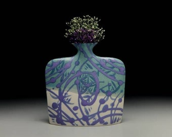 Medium porcelain slab flower vase = item #02-V12
