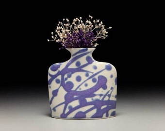Small porcelain slab flower vase = item #01-V2