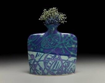 Medium porcelain slab flower vase = item #02-V10