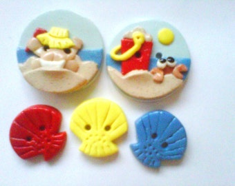 Button Beach Baby  polymer clay buttons     ( 5 )