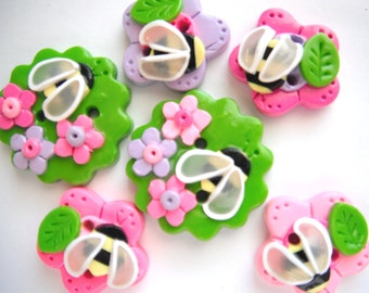 Button Tiny Busy Bees handmade polymer clay buttons  ( 6 )