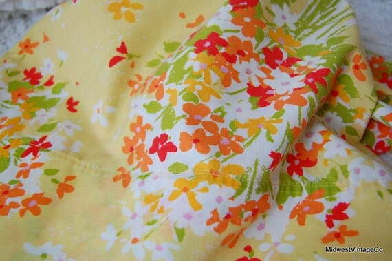 SALE Vintage Pillowcase (sunny yellow garden)