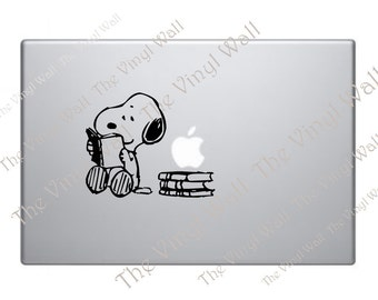Snoopy Reading and Studying Vinyl Decal Sticker for Wall Car Laptops Macbooks