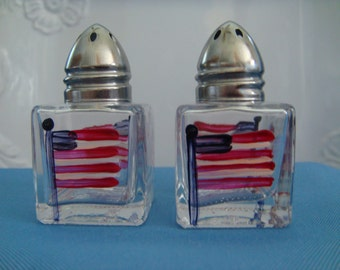Hand Painted Mini Salt and Pepper Shakers Red White Blue Flag USA Patriotic