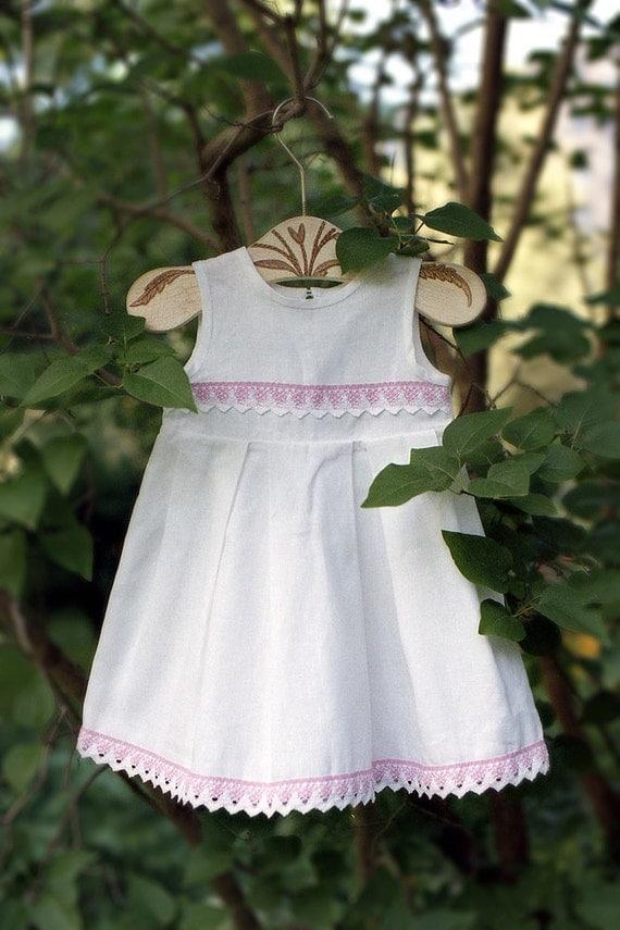 Linen girl dress - White girl dress with pink lace - Baby girl white dress - Baptism dress - Christening gown - Flower girl dress