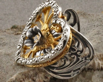 Hearts and Flowers adjustable ring in silverplate