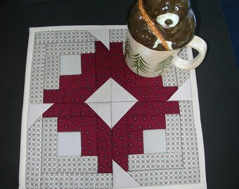 Quilted MugRug / SnackMat / Candle Mat LOG CABIN STAR in Cranberry and Beige