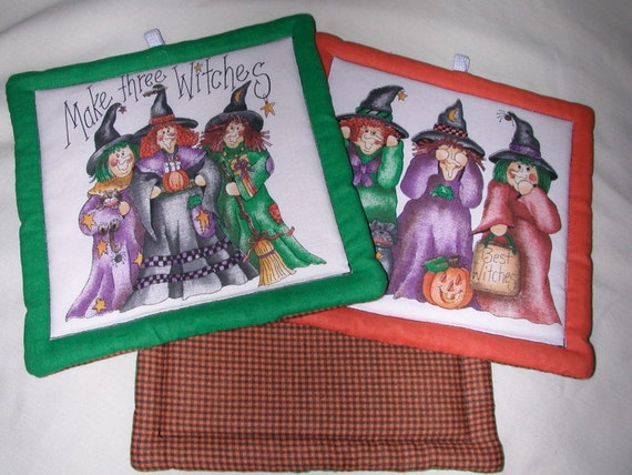 """Quilted Halloween Pot Holders: MAKE THREE WITCHES --Set of 2 - 7"""" Square"""
