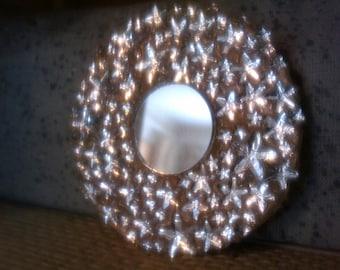 Round Mirror With Star Surround - Dollhouse Size
