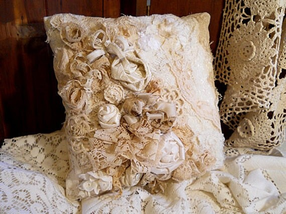 Beautiful Victorian Vintage Ring Bearer Pillow Or Throw