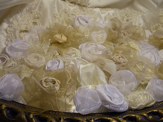 Bulk Flowers, Lot of 43 Beautiful Flowers handmade of Vintage Fabric, Organza, Tulle, Lace and Crochet. White, ivory, gold, cream, champagne