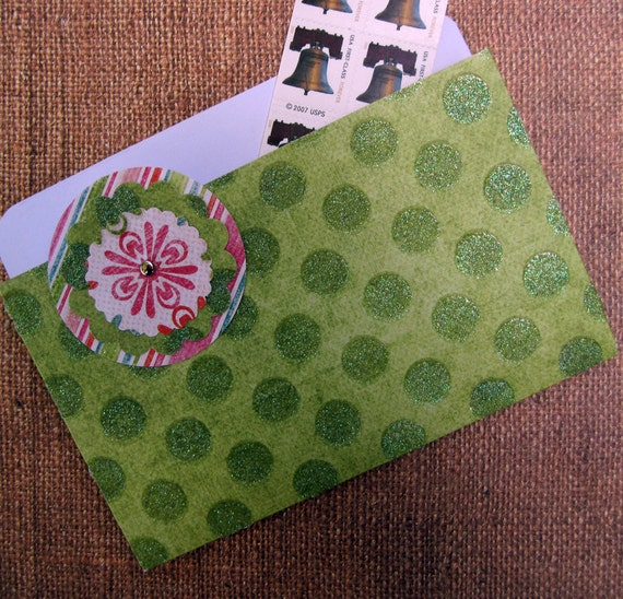 File Folder Magnet in Sparkly Green Polka Dots for Recipes, Coupons and Photos