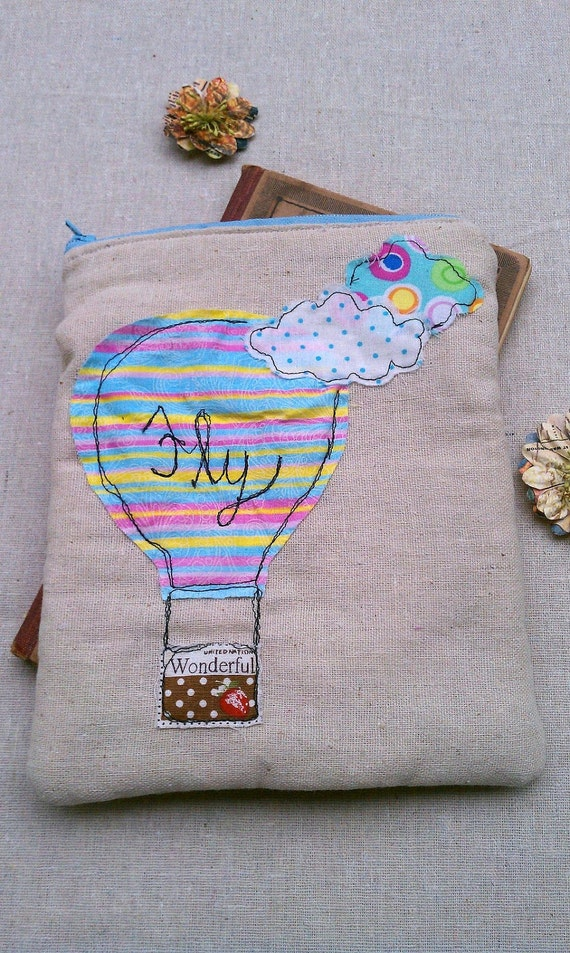 Fly Balloon Zippered Pouch