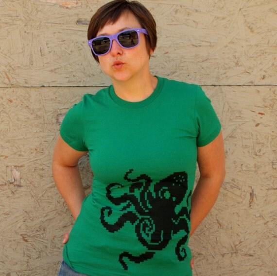 8 Bit Octopus shirt, women's 2XL t-shirt geek american apparel