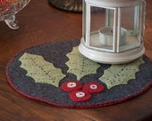 Holly Berries and leaves candle mat with buttons