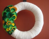 White Color Yarn Wreath with Color of Summer-Spring Felt Oysters with beads-10 in-Ready to Ship
