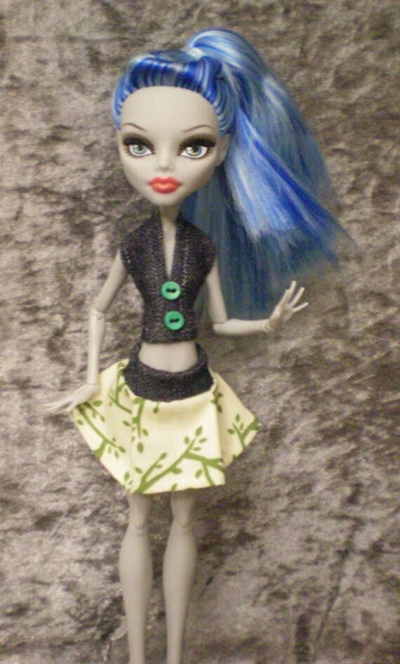 Halter top and mini skirt set for monster high dolls
