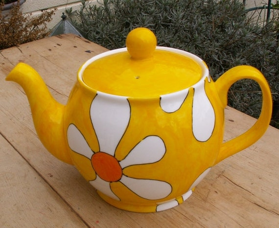 Yellow floral Teapot Springtime colour Holds 6 Cups READY TO SHIP