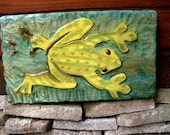 "Tree Frog 19"" hand painted chainsaw wooden frog carving indoor outdoor whimsical beach cottage wall art rustic nature lover's home decor"