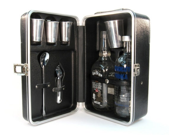 Portable Pub / Made in Japan / Traval Barware - Father's Day Gift
