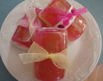 Pearberry Banana Twist Glycerin Soap