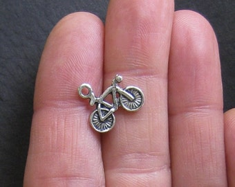 10 Bicycle Charms Antique Silver Tone - SC049