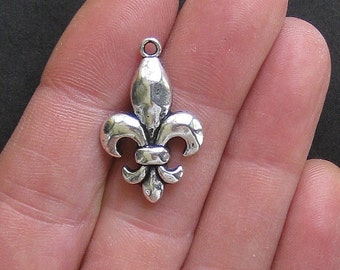 6 Large Fleur de Lis Charms Antique  Silver Tone - SC192