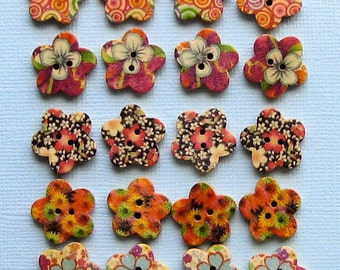 20 Painted Wood Buttons Floral Design Assortment 15mm Flower Shaped BUT121