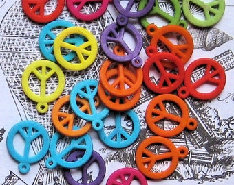 25 Peace Sign Charms Colorful Acrylic K42