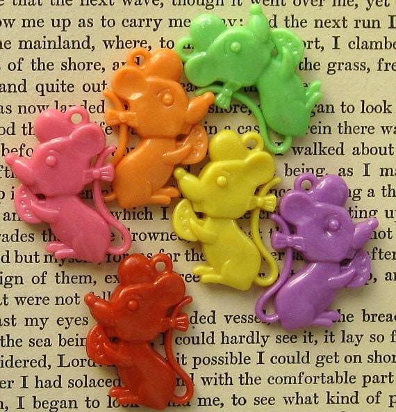 Kitschy Mice Charms (10) Colorful Kawaii K83