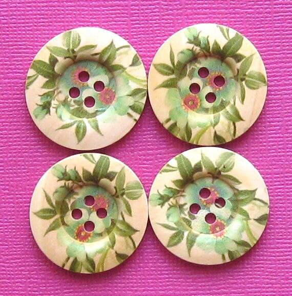 6 Large Wood Buttons Spring Floral Design 25mm BUT133
