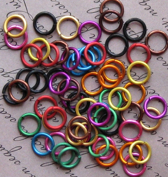100 Jump Rings 8mm Mixed Color Anodized Aluminum 16 gauge Top Quality Made in Canada MT01