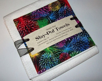 Fireworks on the 4th Stay-Put Kitchen Towels