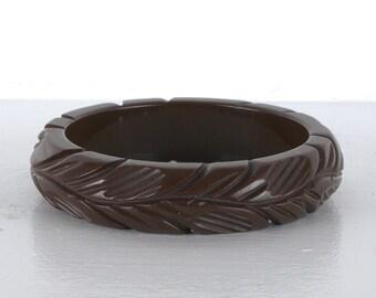 Art Deco Deeply Carved Coffee Brown Bakelite Bracelet