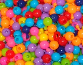 Lot of 500 1980s Pop Beads