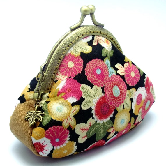 Chrysanthemum- Small clutch / Coin purse with leaf charm