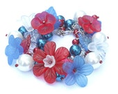 Funky Chunky bracelet Patriotic Red White Blue - lucite arcrylic flowers glass pearls Cha Cha Bracelet