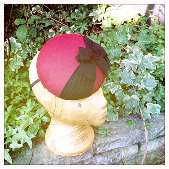 Chocolate Box - Burgundy Button Beret with Bow