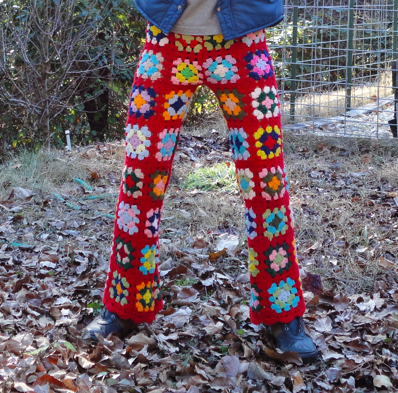 Crochet Pattern Yoga Pants : Fun and Funky Winter Yoga Crochet Pants Red Squares Size S