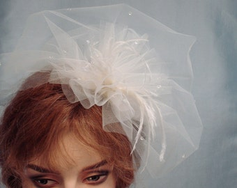 Tulle Fascinator, Bridal Veil Fascinator, Double Layer Ivory Tulle Veil, Bridal Feather Fascinator, Coco Old Hollywood, Retro Weddings