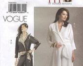 Easy Vogue V8267 Today's Fit Top and Pants Sandra Betzina Size One Size Fits All (Facile Haut et Pantalon) (Facil Arriba y Pantalon)