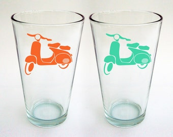 NEW - Vespa Pint Glasses - Set of 2 - pint glasses