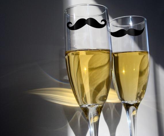 NEW - Champagne Glasses - set of 2