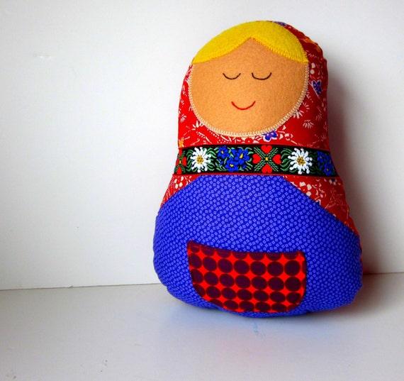 Smiling Matryoshka Babushka Doll Pillow Plush Red Purple Fabric Home Decor